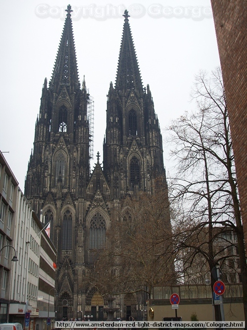 Cologne's Cathedral (Hohe Domkirche St. Peter und Maria or K�lner Dom   Germany (Köln Deutschland)